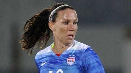 U.S. midfielder Lauren Holiday controls the ball during