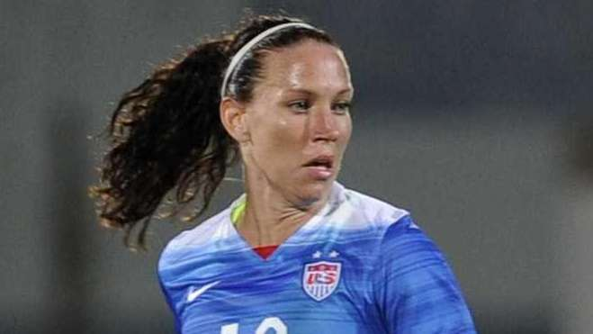 U.S. midfielder Lauren Holiday controls the ball during