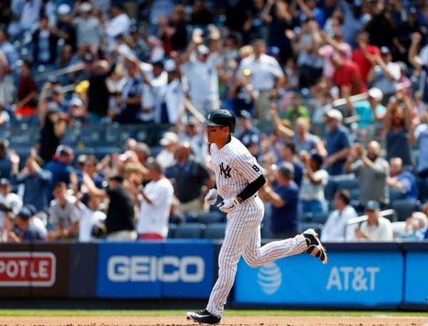 Jacoby Ellsbury of the New York Yankees goes