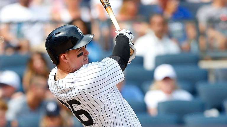 Tyler Austin hits a two-run double in the