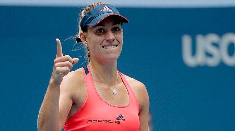 Angelique Kerber reacts after defeating Roberta Vinci in