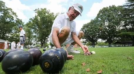 Sunrise Lawn Bowls Club member Cibilho Fetzer of