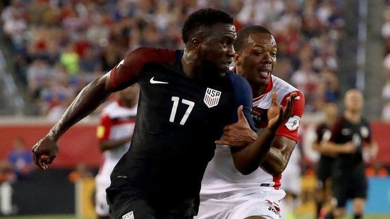 Jozy Altidore #17 of the United States in