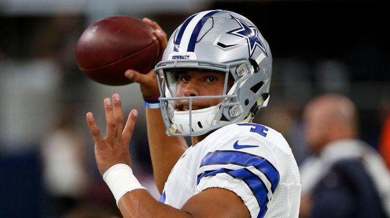 Dallas Cowboys quarterback Dak Prescott (4) throws a