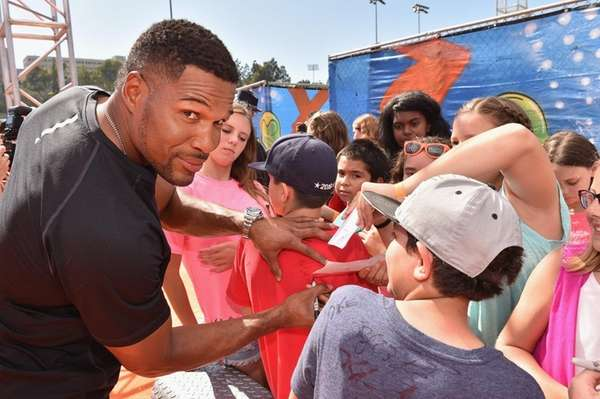 Former NFL player Michael Strahan attends the Nickelodeon