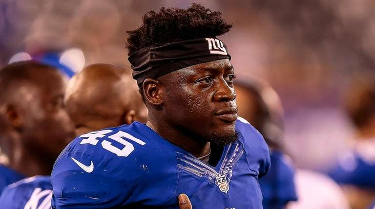 Will Tye of the Giants on the sidelines