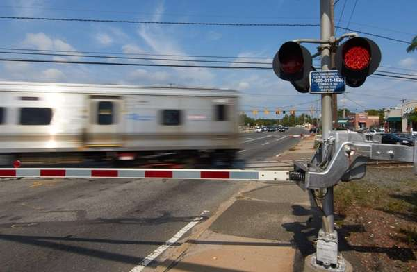 A Long Island Railroad crossing at Commack Road