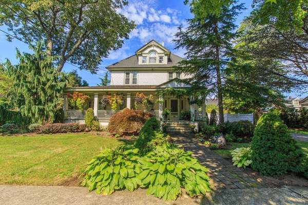 This Queen Anne-style Victorian house in Rockville Centre