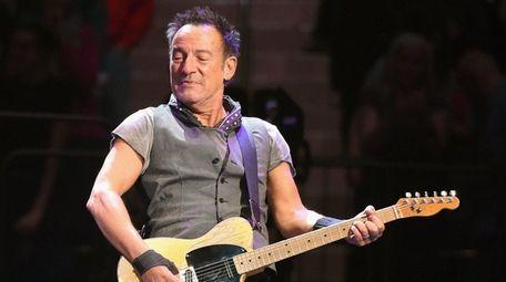 Bruce Springsteen will likely tell jokes between songs