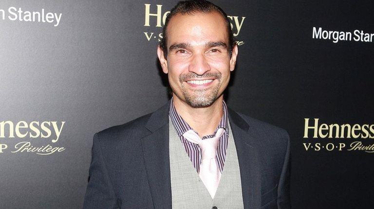 Javier Munoz is the new Alexander Hamilton in