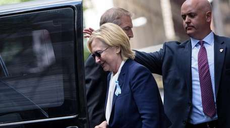 Hillary Clinton leaves her daughter's home in Manhattan