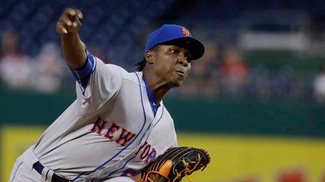 New York Mets starting pitcher Rafael Montero (50)