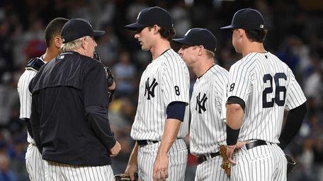 New York Yankees pitching coach Larry Rothschild talks