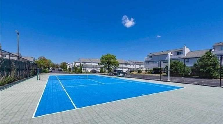 If You Want A House With A Tennis Court Newsday