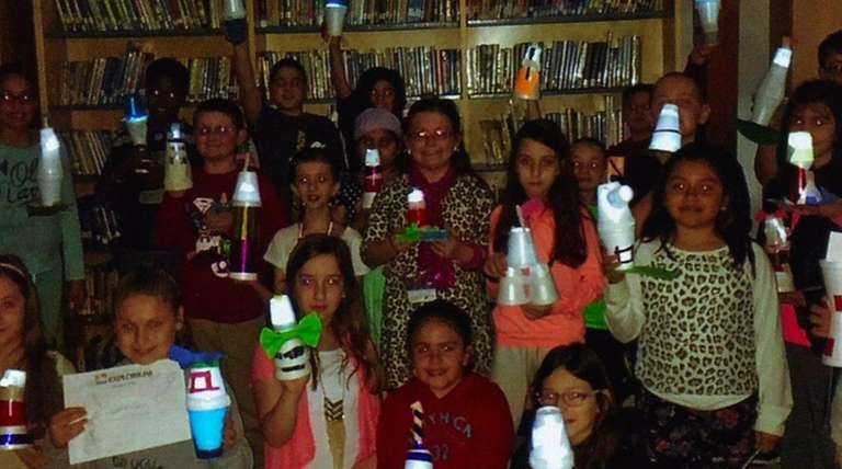 Tracey Kramer's class with their homemade lighthouses.