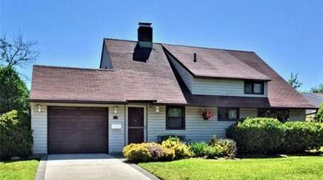 This Hicksville Colonial is considered a starter home