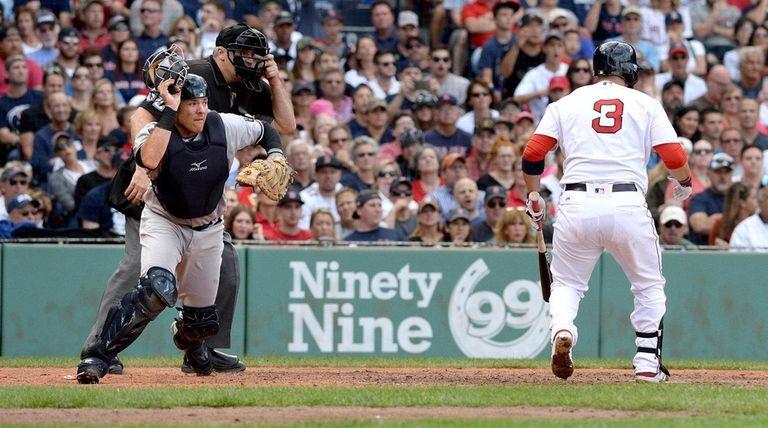 Austin Romine #27 of the New York Yankees