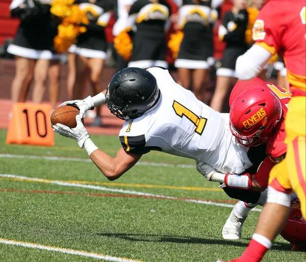 St. Anthony's Tyler Palminteri reaching for the goal