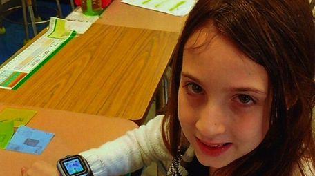 Kidsday reporter Faith Brucculeri says her smartwatch has