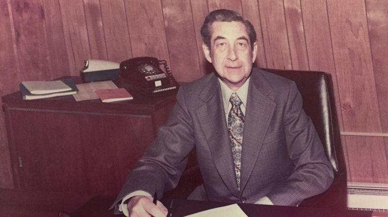 William Kochnower, former superintendent of the Commack school