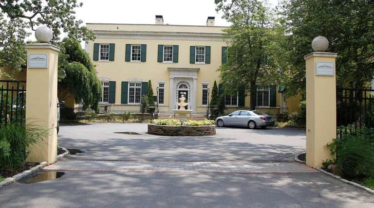 The Woodlands banquet hall on the grounds of