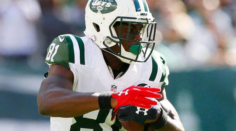 Quincy Enunwa of the Jets runs after a