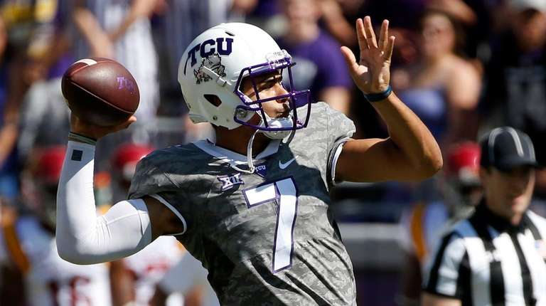 Kenny Hill #7 of the TCU Horned Frogs