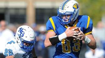 West Islip's Joe Valentino makes a catch against