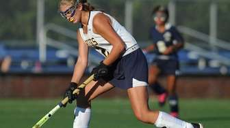 Shannon Bernhardt moves the ball downfield during the