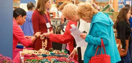 Long Island women entrepreneurs showcase their products at