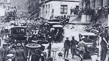 Debris after Sept. 16, 1920 bombing on Wall