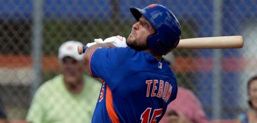 Tim Tebow hits a solo home run in