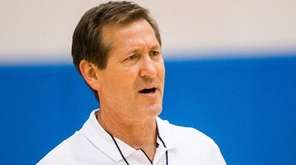 New York Knicks head coach Jeff Hornacek during