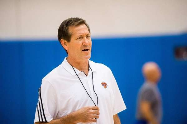 New York Knicks head coach Jeff Hornacek during