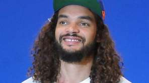 Knicks center Joakim Noah at his introductory news