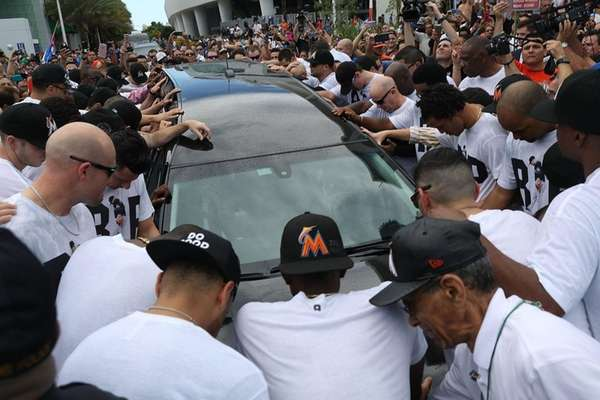 Miami Marlins players, members of the Marlins organization