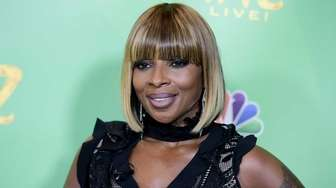 Mary J. Blige attends a showing of