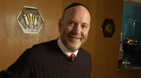 Rabbi Perry Raphael Rank of the Midway Jewish