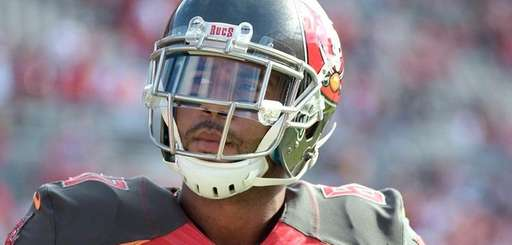 Tampa Bay Buccaneers tight end Austin Seferian-Jenkins (87)