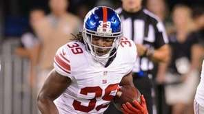 New York Giants cornerback Michael Hunter (39) runs