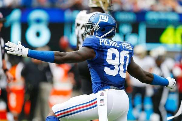 Jason Pierre-Paul of the Giants reacts after a