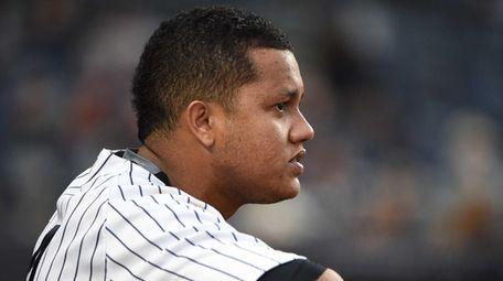 New York Yankees second baseman Starlin Castro looks