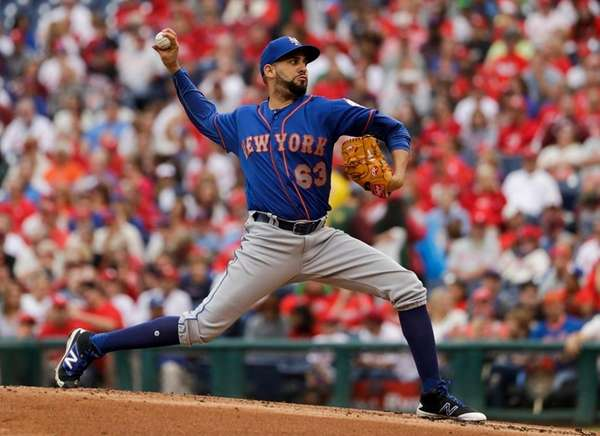 New York Mets' Gabriel Ynoa pitches during the