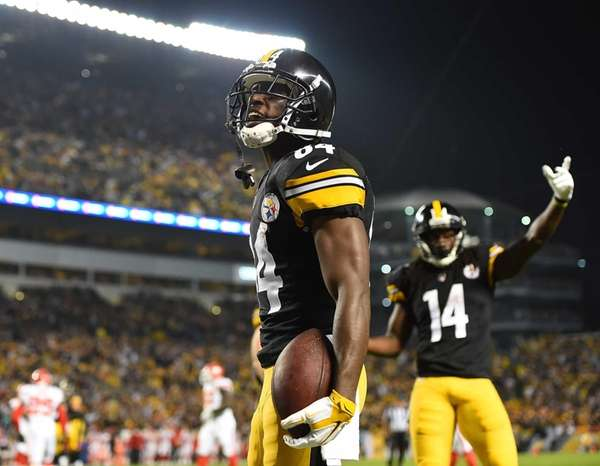 Antonio Brown of the Pittsburgh Steelers celebrates after