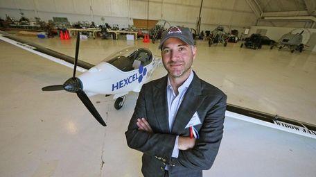 Luminati Aerospace CEO Daniel Preston introduced his solar-powered