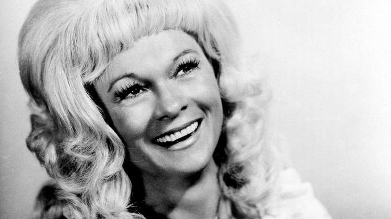 Jean Shepard, the first female country singer to