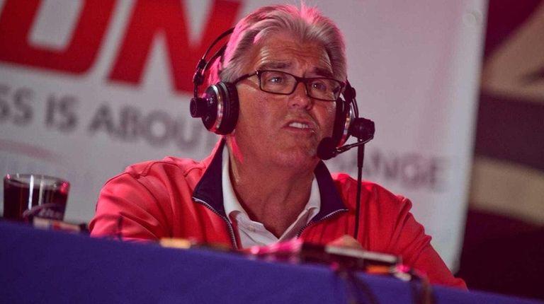 WFAN host Mike Francesa hosts his Football Sunday