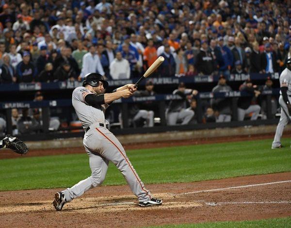 San Francisco Giants third baseman Conor Gillaspie hits