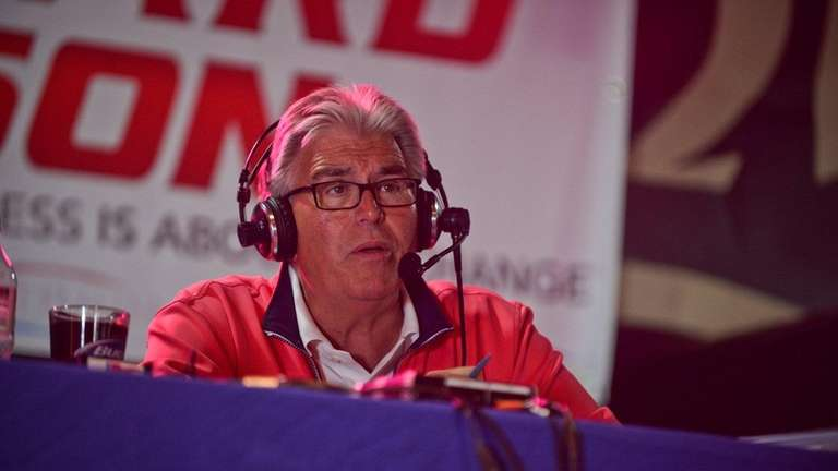 Mike Francesa hosts his Football Sunday WFAN