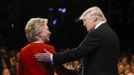 Democratic presidential nominee Hillary Clinton, left, and Republican